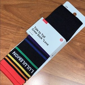 NWT Lululemon Athletica Rainbow Tale to Tell Socks